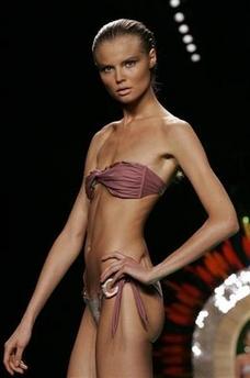 Madrid Fashion Show bans 5 thin fashion models...