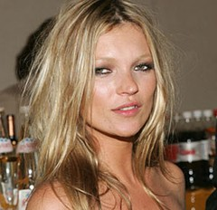 "Kate Moss wins Britain\'s ""Model of the Year""..."