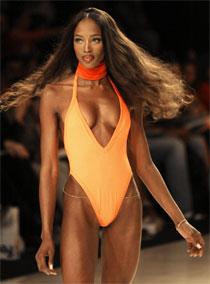 Cindy defends Naomi Campbell...