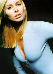 Niki Taylor files lawsuit against E!...