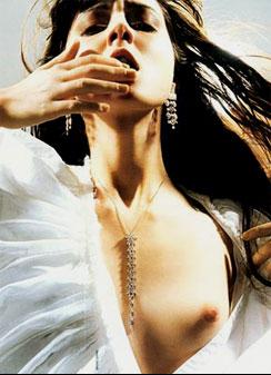 Kate Moss chooses Irina Lazarean...