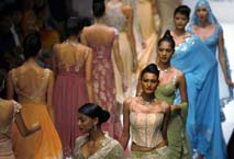 Models stressed out at India fashion week