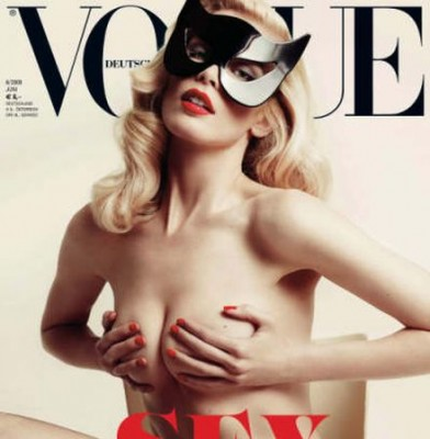 Claudia Schiffer goes topless