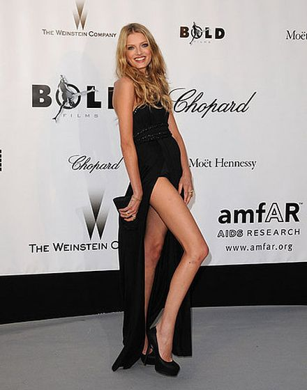 Lily Donaldson, The Girl That Wanted to Be a Model