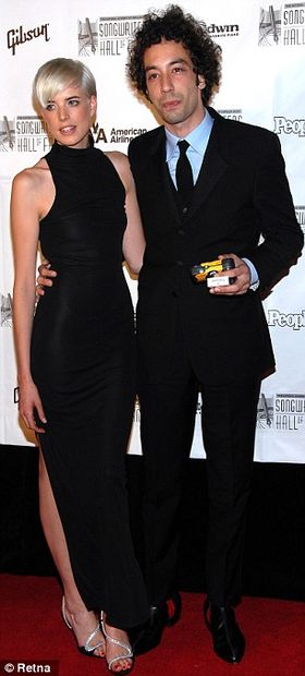 Big love in the Big Apple: Has party queen Agyness Deyn moved on to a Stroke after split?