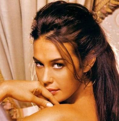 Model sick catherine mcneil misses milan exclusive photo