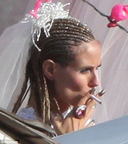 Nice Day For A White Trash Wedding Pregnant Heidi Klum And