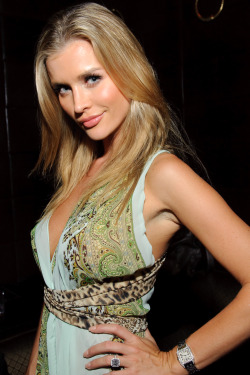 Maxim cover girl Joanna Krupa celebrates the August issue with friends inside Lavo