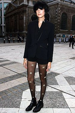Agyness Deyn�s gone black