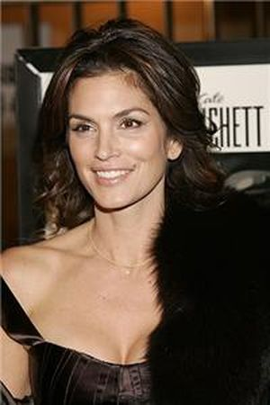 Cindy Crawford \'prefers more natural beauty since modelling\'