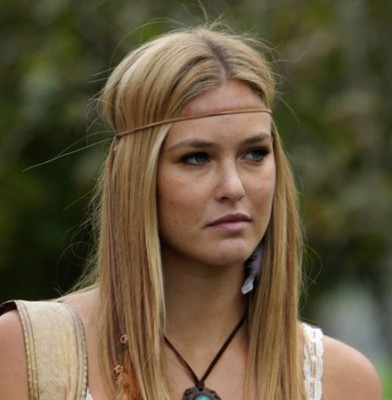 Bar Refaeli: Hippie Hottie