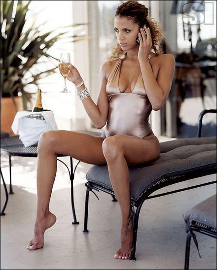 Noemie Lenoir Returns to Modeling