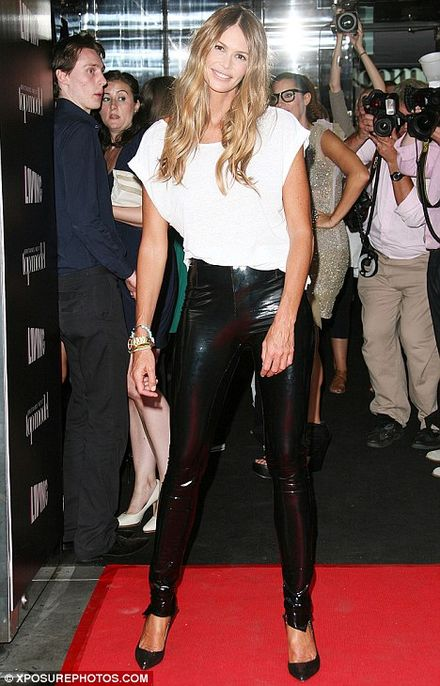 Elle Macpherson, 47, shows off her Body in EXTREMELY tight PVC trousers