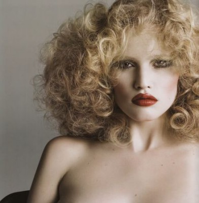 Lara Stone: I am Used To Nudity