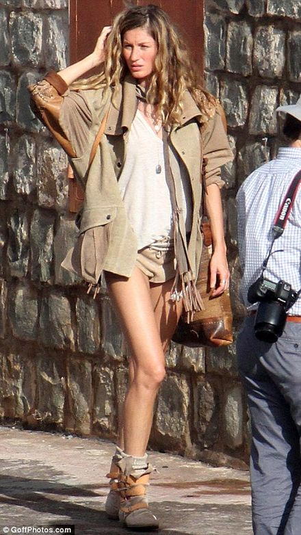 Gisele Bundchen parades around in VERY daring hotpants