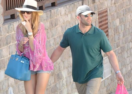 Jason Statham can\'t keep his hands off Rosie Huntington-Whiteley