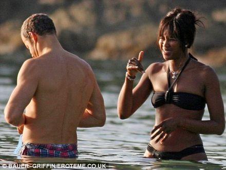Naomi Campbell\'s billionaire boyfriend gets \'stung by jellyfish\'