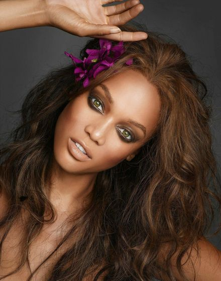 Tyra Banks is back again!