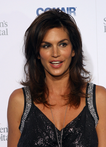 Cindy Crawford prefers simple look