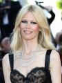 Claudia Schiffer to establish her own clothing line
