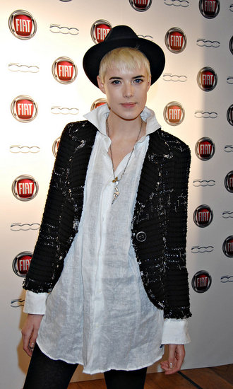 Agyness Deyn lends voice to Rihanna\'s new music video!