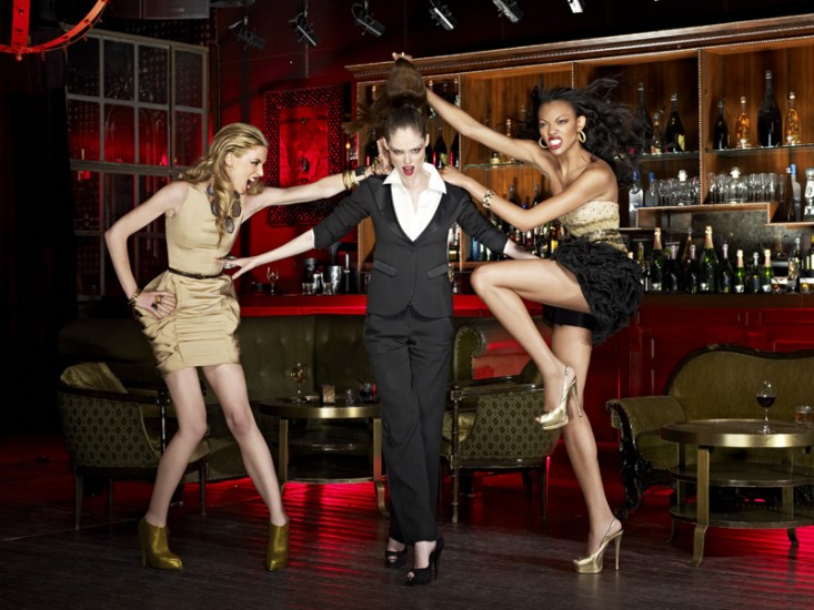 Coco Rocha guest judges on America\'s Next Top Model