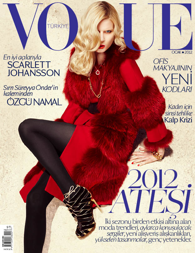 Elsa Sylvan covers Vogue Turkey January 2012 issue
