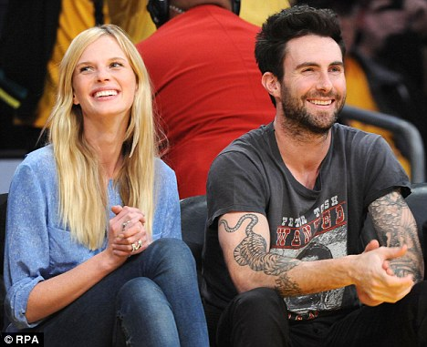 Anne Vyalitsyna and Adam Levine\'s relationship is heating up