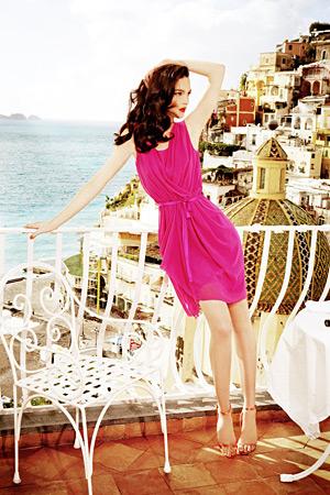 Mariacarla Boscono models Alberta Ferretti for Macy\'s