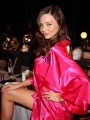 Free yoga lesson with Miranda Kerr?