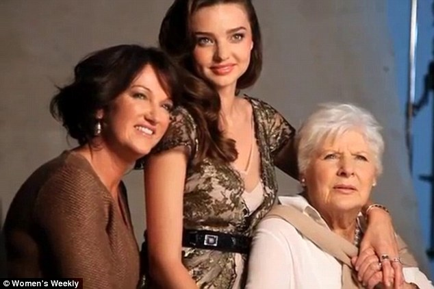 Family portrait shows whom Miranda Kerr got her beauty from