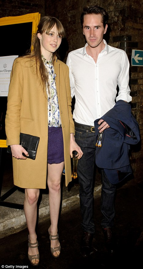 Edie Campbell spotted with secret love!