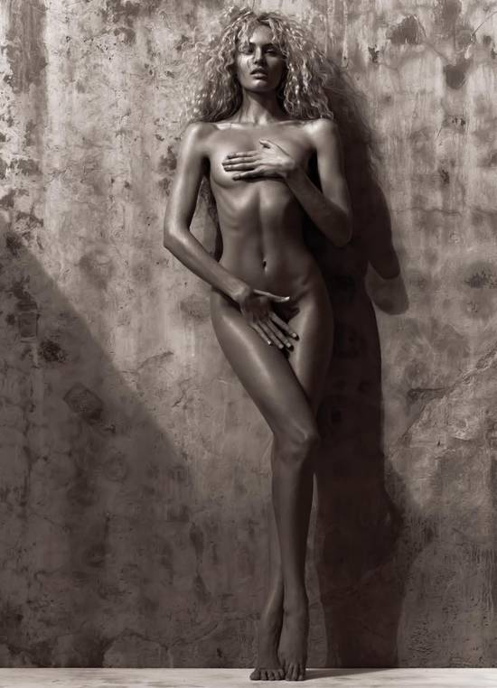 Candice Swanepoel poses nude for MUSE magazine