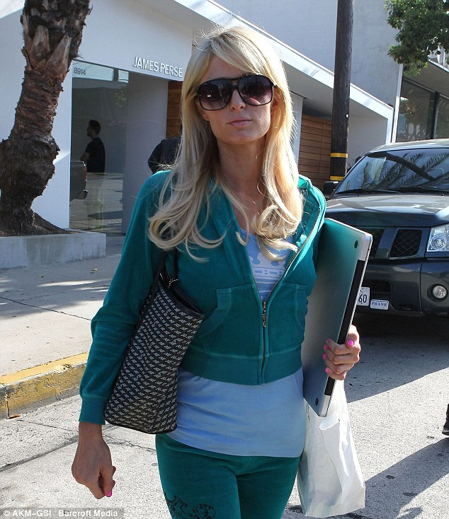 "A ""fashion-out"" for Paris Hilton"