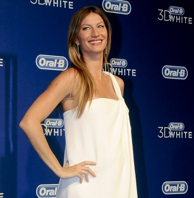 Gisele Bundchen takes pregnancy looks to the Olympus of style!