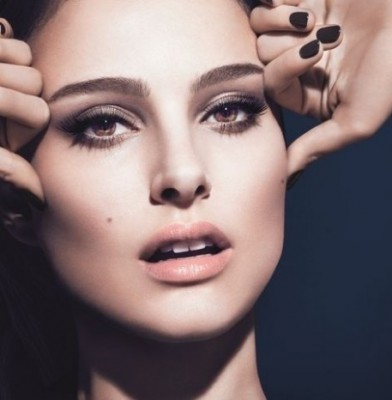 Natalie Portman's mascara ad gets banned for excessive photoshopping