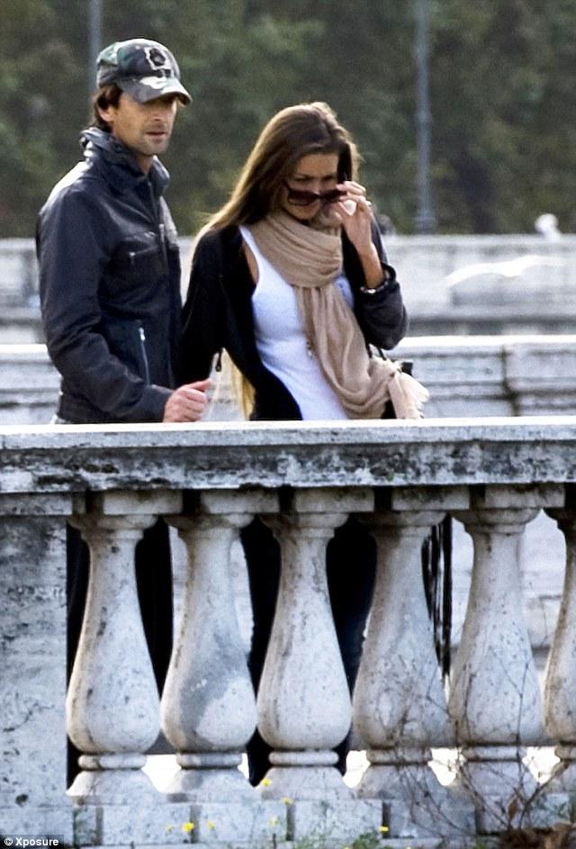 """Adrien Brody has that """"look of love"""" in his eyes"""