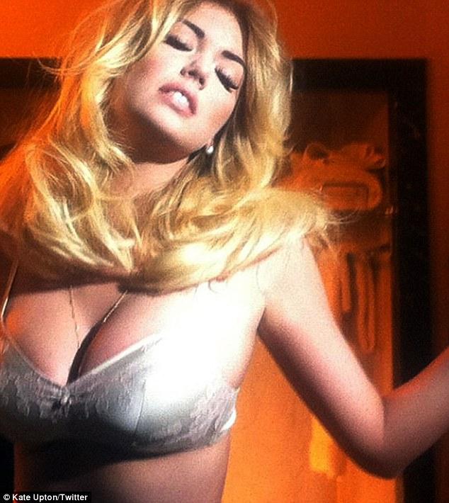 Kate Upton flaunts her curves for upcoming V Magazine photoshoot