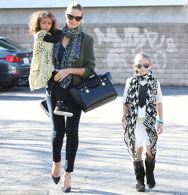 Heidi Klum�s daughter Leni struts her stuff