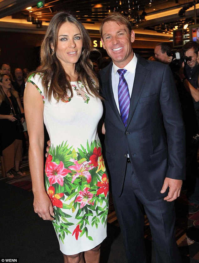 Liz Hurley looks �ladylike� in floral print dress