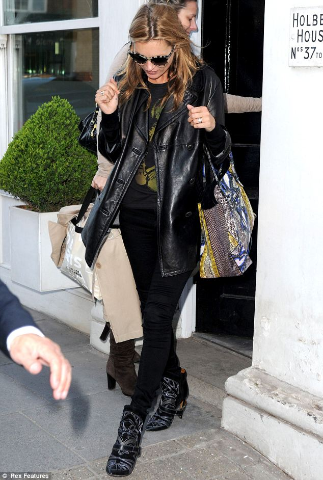 Meow! Kate Moss is the cat's meow!