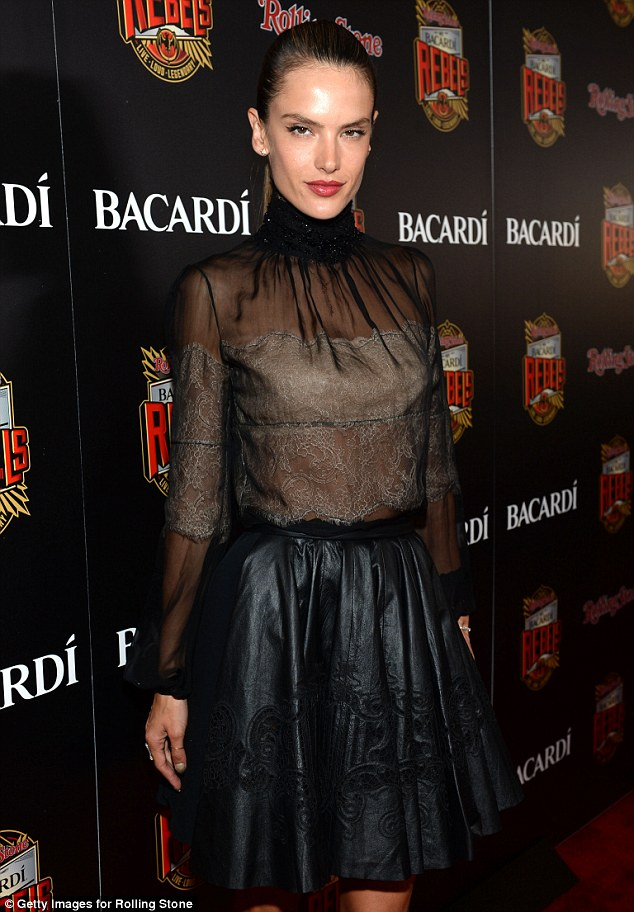 Alessandra Ambrosio fails to rock in leather and lace