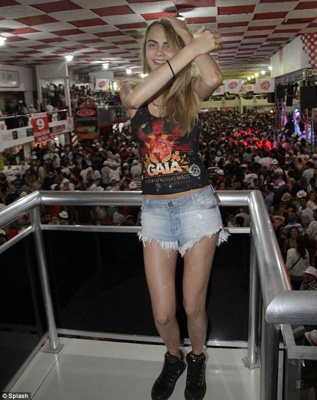 Cara Delevingne does the Samba thing!