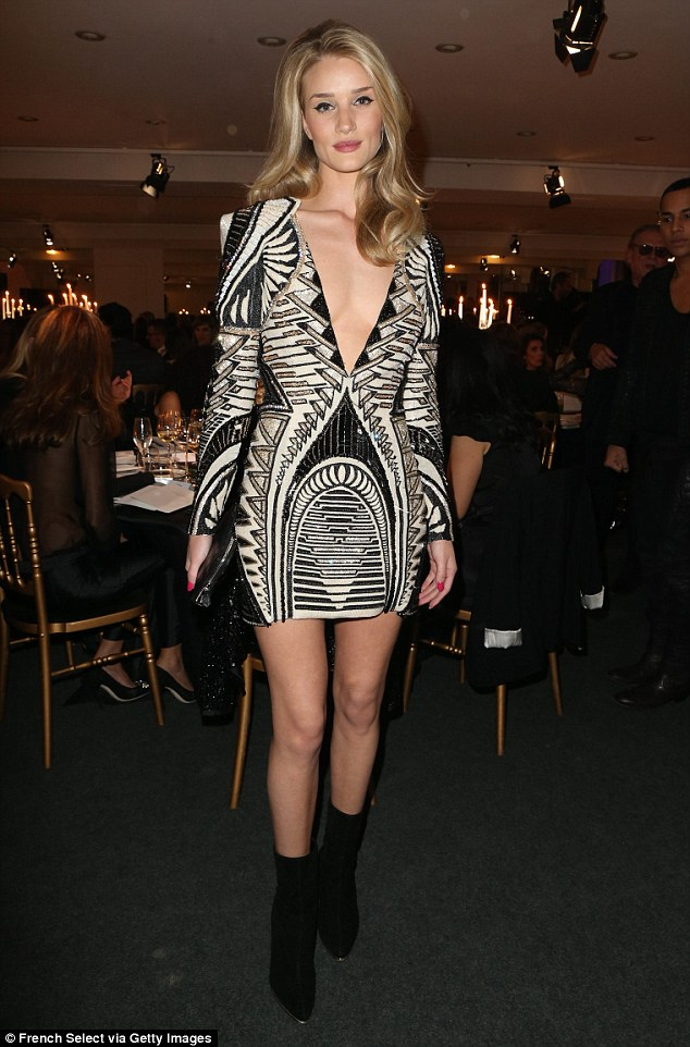 Rosie Huntington-Whiteley turned on the heat at charity event!