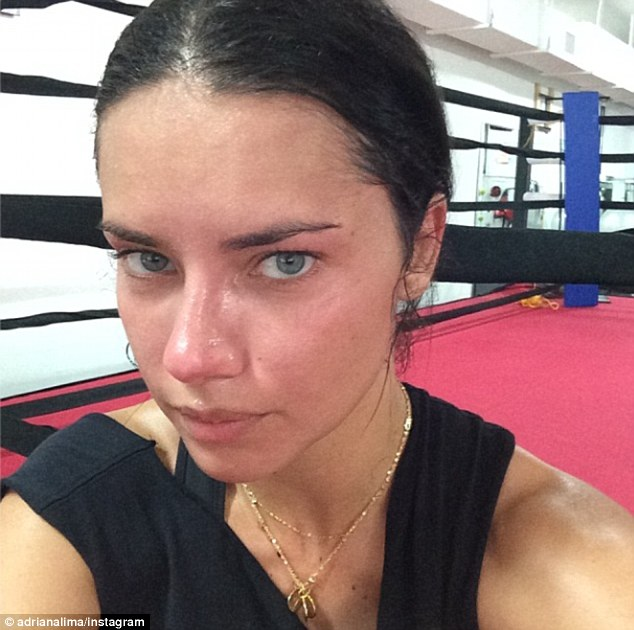 No sweat, Adriana Lima is a pro!