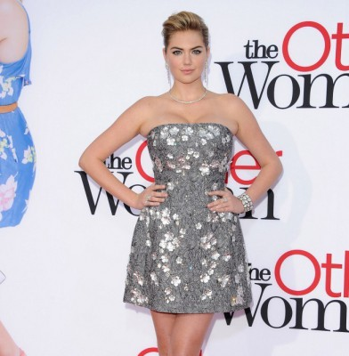 Kate Upton shines at LA premiere of her new film