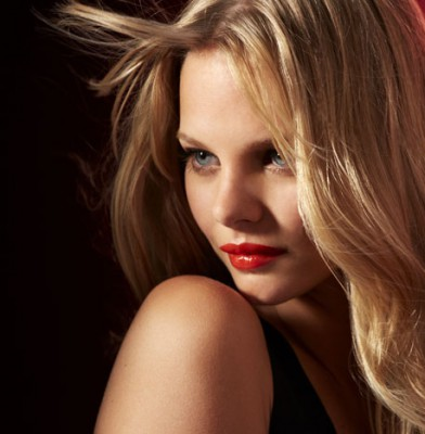 Marloes Horst is the new face of Maybelline New York