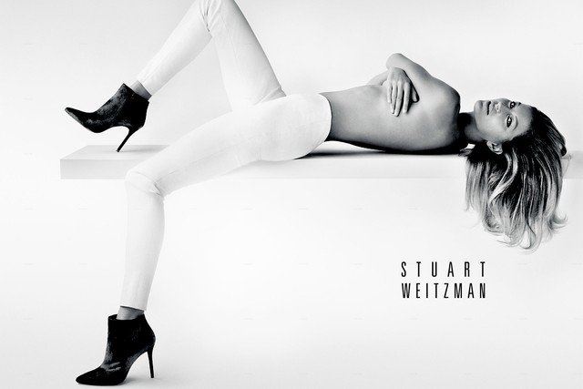 Gisele Bundchen goes topless for the new Stuart Weitzman campaign