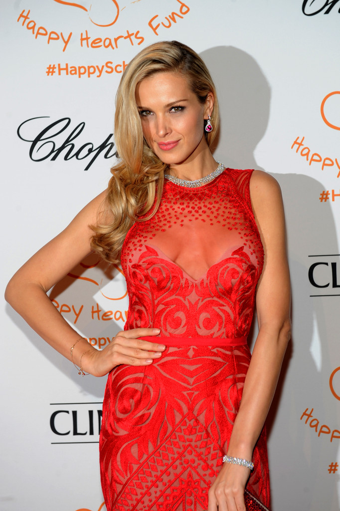 Models allure at the Happy Hearts Fund gala