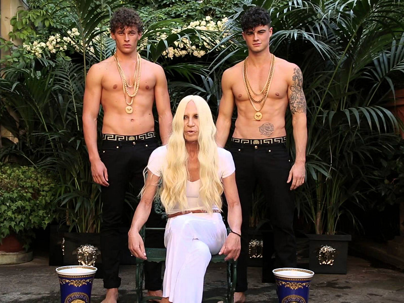 Donatella Versace takes up the ALS Ice Bucket Challenge